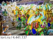 Купить «Карнавал в Рио-де-Жанейро, 2013 год», фото № 4441137, снято 10 февраля 2013 г. (c) Михаил Мандрыгин / Фотобанк Лори