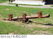 Деревянные качели. Стоковое фото, фотограф Елена Чернецова / Фотобанк Лори