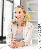 Купить «Очаровательная деловая женщина в офисном костюме в кабинете», фото № 4463397, снято 17 июня 2012 г. (c) Syda Productions / Фотобанк Лори