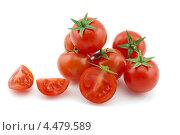 Спелые помидоры черри на белом фоне. Стоковое фото, фотограф Вячеслав Ковальчук / Фотобанк Лори