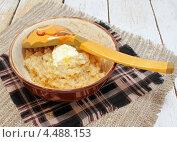 Пшеничная каша с маслом. Стоковое фото, фотограф Наталья Осипова / Фотобанк Лори