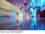 Купить «Мокрая палуба круизного лайнера со шлюпками вечером», фото № 4516897, снято 26 июля 2011 г. (c) Losevsky Pavel / Фотобанк Лори