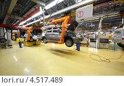 Купить «Сборка новых автомобилей на конвейере автозавода ВАЗ», фото № 4517489, снято 30 сентября 2011 г. (c) Losevsky Pavel / Фотобанк Лори