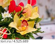 Орхидея в букете. Стоковое фото, фотограф Конушкина Екатерина / Фотобанк Лори