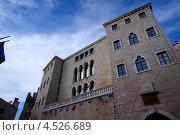 Здание ратуши в Бале, Хорватия (2012 год). Стоковое фото, фотограф Алексей Иванов / Фотобанк Лори