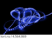 Купить «Лента с синими светодиодами на чёрном фоне», фото № 4564869, снято 18 марта 2012 г. (c) Абышев А.А. / Фотобанк Лори