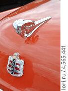 """Купить «Эмблема ретроавтомобиля """"Dodge""""», эксклюзивное фото № 4565441, снято 21 апреля 2013 г. (c) lana1501 / Фотобанк Лори"""