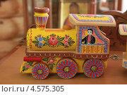 Купить «Городецкая роспись», фото № 4575305, снято 15 июля 2012 г. (c) hommik / Фотобанк Лори