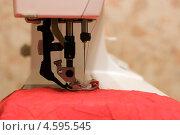 Швейная машина. Стоковое фото, фотограф Елена Архангельская / Фотобанк Лори