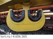 Купить «Грузовой крюк для крана грузоподъемностью 90 тонн», эксклюзивное фото № 4606365, снято 9 мая 2013 г. (c) Валерий Акулич / Фотобанк Лори
