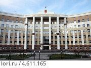 Купить «Здание Арбитражного суда Пензенской области», фото № 4611165, снято 12 августа 2012 г. (c) Irina Opachevsky / Фотобанк Лори