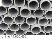Купить «Цементные трубы», фото № 4630453, снято 26 апреля 2013 г. (c) Serhii Odarchenko / Фотобанк Лори