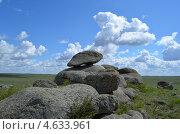 Скалы выветривания. Стоковое фото, фотограф Леонид Замыцкий / Фотобанк Лори