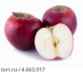 Купить «Красные яблоки», фото № 4663917, снято 25 мая 2013 г. (c) Литвяк Игорь / Фотобанк Лори