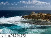 Красивый морской пейзаж на острове Гозо недалеко от города Зеббудж.Мальта (2013 год). Стоковое фото, фотограф Галина Вишнякова / Фотобанк Лори