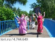 Купить «Ярославль, шествие кришнаитов в Ярославле», фото № 4744649, снято 2 июня 2013 г. (c) Овчинникова Ирина / Фотобанк Лори