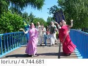 Купить «Ярославль, шествие кришнаитов в Ярославле», фото № 4744681, снято 2 июня 2013 г. (c) Овчинникова Ирина / Фотобанк Лори