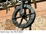 Купить «Колодец Мирского замка, деталь», фото № 4757657, снято 6 июня 2013 г. (c) Инна Грязнова / Фотобанк Лори