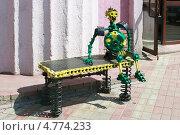 Купить «Скульптура из автомобильных деталей», фото № 4774233, снято 7 июня 2013 г. (c) Александр Романов / Фотобанк Лори
