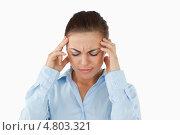 Купить «Бизнес-леди с головной болью», фото № 4803321, снято 29 сентября 2011 г. (c) Wavebreak Media / Фотобанк Лори