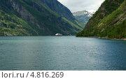 Вид на Гейрангерфьорд с воды, Норвегия (2012 год). Стоковое видео, видеограф Dmitry Burlakov / Фотобанк Лори