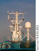 Купить «Коммуникационное и навигационное оборудование на большом океаническом лайнере», фото № 4816853, снято 10 мая 2013 г. (c) Андрей Андронов / Фотобанк Лори