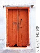Купить «Старая деревянная дверь. Индия», фото № 4842809, снято 24 ноября 2012 г. (c) Михаил Коханчиков / Фотобанк Лори