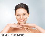 Купить «Молодая женщина касается лица руками», фото № 4861969, снято 7 апреля 2012 г. (c) Syda Productions / Фотобанк Лори