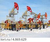 Купить «Нефтяные качалки», фото № 4869629, снято 20 февраля 2008 г. (c) Георгий Shpade / Фотобанк Лори