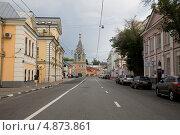 Купить «Москва, улица Большая Полянка», фото № 4873861, снято 19 июля 2013 г. (c) Антон Павлов / Фотобанк Лори