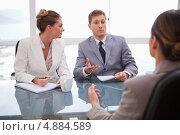 Купить «Бизнес-партнеры разговаривают с адвокатом», фото № 4884589, снято 4 ноября 2011 г. (c) Wavebreak Media / Фотобанк Лори
