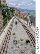 Железнодорожные пути на горе Санта Мария де Монсеррат, Испания (2013 год). Редакционное фото, фотограф Марат Сабиров / Фотобанк Лори