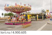 Купить «Парк аттракционов Калелья, Испания», фото № 4900605, снято 22 июня 2013 г. (c) Марат Сабиров / Фотобанк Лори