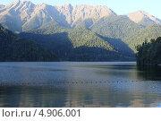 Абхазия. Озеро Рица в сентябре. Стоковое фото, фотограф Анна Самохина / Фотобанк Лори