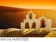 Купить «Красивый закат, остров Санторини, Ия», фото № 4913025, снято 5 сентября 2010 г. (c) ElenArt / Фотобанк Лори