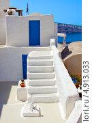 Купить «Архитектура Греции, остров Санторини, Ия», фото № 4913033, снято 5 сентября 2010 г. (c) ElenArt / Фотобанк Лори