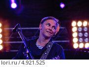 Купить «Илья Лагутенко на фестивале RED ROCKS TOUR 2013», фото № 4921525, снято 3 августа 2013 г. (c) Ирина Балина / Фотобанк Лори