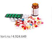 Купить «Разноцветные таблетки и капсулы», фото № 4924649, снято 20 января 2013 г. (c) Никончук Алексей / Фотобанк Лори