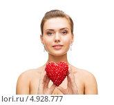 Купить «Молодая женщина с бриллиантовыми серьгами в ушах на белом фоне», фото № 4928777, снято 22 июня 2013 г. (c) Syda Productions / Фотобанк Лори