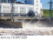 Купить «Камская ГЭС. Пермь. Россия», фото № 4947029, снято 19 мая 2012 г. (c) Андрей Щекалев (AndreyPS) / Фотобанк Лори