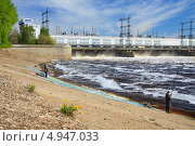 Купить «Камская ГЭС. Пермь. Россия», фото № 4947033, снято 19 мая 2012 г. (c) Андрей Щекалев (AndreyPS) / Фотобанк Лори