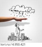 Купить «Рука защищает нарисованного бизнесмена от дождя», фото № 4950421, снято 16 августа 2018 г. (c) Sergey Nivens / Фотобанк Лори