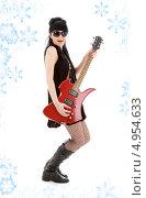 Купить «Неформальная юная девушка с электро гитарой», фото № 4954633, снято 12 апреля 2008 г. (c) Syda Productions / Фотобанк Лори