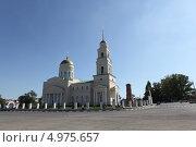 Купить «Троицкий собор города Вольска», фото № 4975657, снято 1 июля 2013 г. (c) Александр Башкатов / Фотобанк Лори