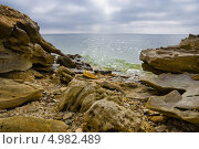 Купить «Камни на берегу Цимлянского водохранилища», фото № 4982489, снято 6 апреля 2013 г. (c) Борис Панасюк / Фотобанк Лори