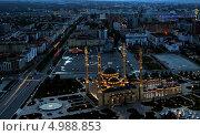 """Купить «Центральная часть города Грозного на закате. На переднем плане мечеть """"Сердце Чечни"""" и проспект имени Путина», фото № 4988853, снято 8 июня 2013 г. (c) Jon Maldini / Фотобанк Лори"""
