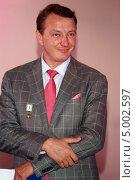 Купить «Артист Марат Башаров», эксклюзивное фото № 5002597, снято 10 августа 2013 г. (c) Андрей Дегтярёв / Фотобанк Лори