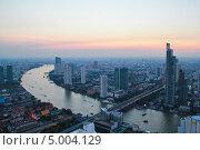 Рассвет в Бангкоке с высоты. Редакционное фото, фотограф Джесур Кючюк / Фотобанк Лори