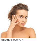 Купить «Красивая молодая женщина с подтянутой кожей», фото № 5020777, снято 17 марта 2013 г. (c) Syda Productions / Фотобанк Лори