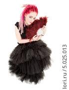 Купить «Неформальная девушка в пушистом черном платье с розовыми дредами», фото № 5025013, снято 15 ноября 2008 г. (c) Syda Productions / Фотобанк Лори